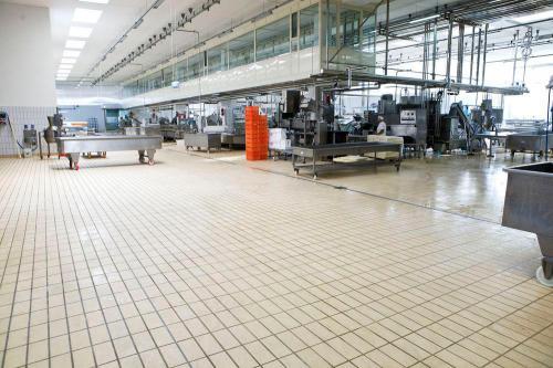 سرامیک ضد اسید صنعتی با اجرای بند ٣ تا ٤ میل